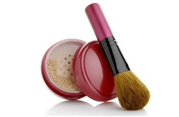 Use Mineral Makeup to Get Youthful and Beautiful Skin