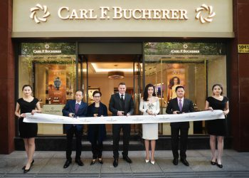 carl_f_bucherer_boutique_opening_ribbon_cut_sascha_moeri_and_li_bingbing_with_team_greather_china
