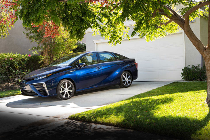 toyota-mirai-fuel-cell-electrical-vehicle