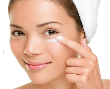 13 Top Home Remedies for Dark Circles Under Eyes