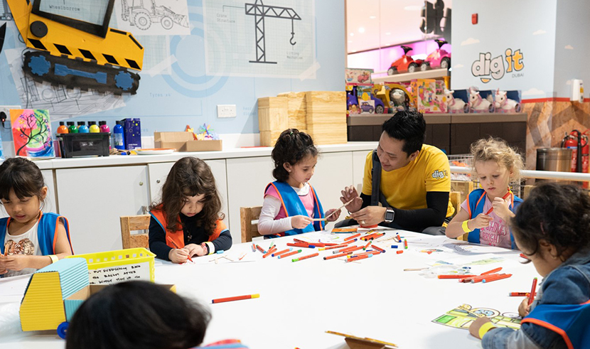 Fun workshops for kids every day only at Dig It!